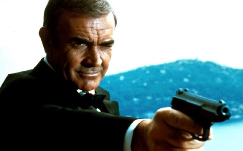 اسلحه شان کانری ۲۵۰ هزار دلار فروخته شد