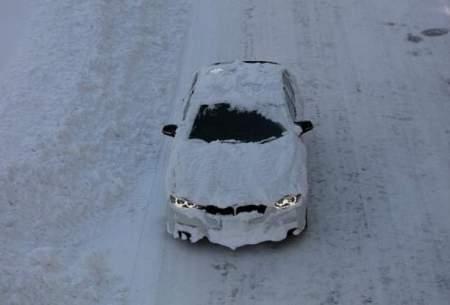 بارشبرف سنگین در ژاپنصدها خودرو را گرفتار کرد