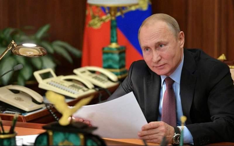 پوتین و جشن آدمکشی با سم و حمله سایبری