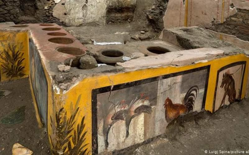 کشف اغذیهفروشی با مِنوی غذا متعلق به دوران  باستان