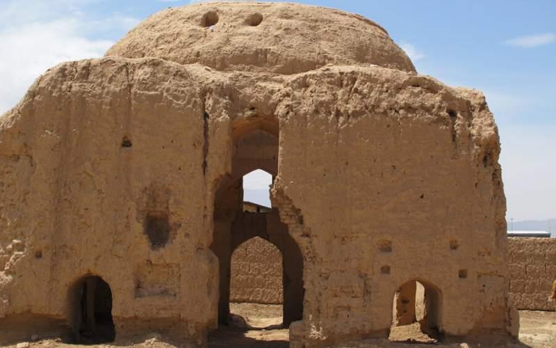 تخریب خلوتگاه سهراب سپهری در آران و بیدگل