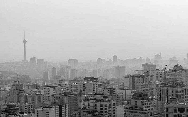 تهرانیها دربرزخ سرخی آلودگی هوا و کرونا