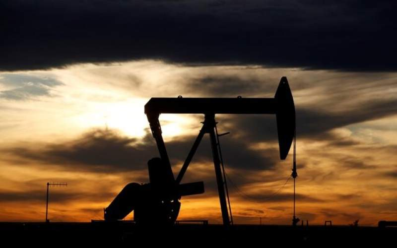 کاهش تولید نفت آمریکا امسال کمتر میشود