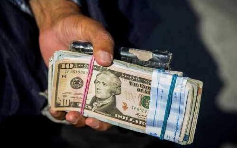 گاف دلاریِ یا راهبرد بیرحمانه ارزی؟