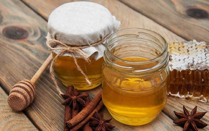 ۶ اثر شگفت انگیز ترکیب عسل و دارچین