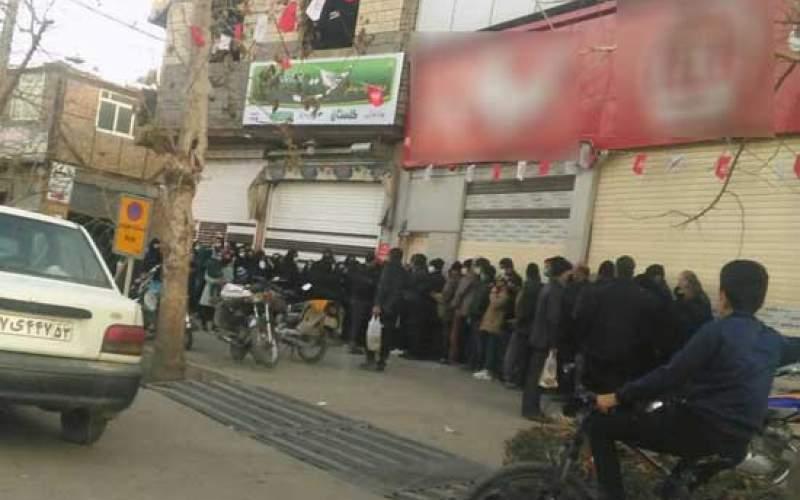 صفکشی برای خرید روغن درخمینیشهر/عکس