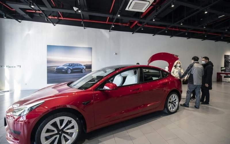 نمایشگاه ماشین تسلا در چین