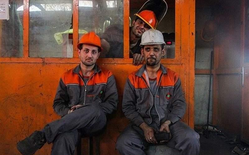 ۳۵درصد کارگران فقط حقوق پایه میگیرند، بدون مزایا