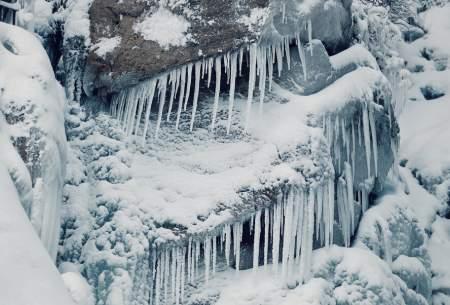 منجمد شدن آبشار گنجنامه همدان