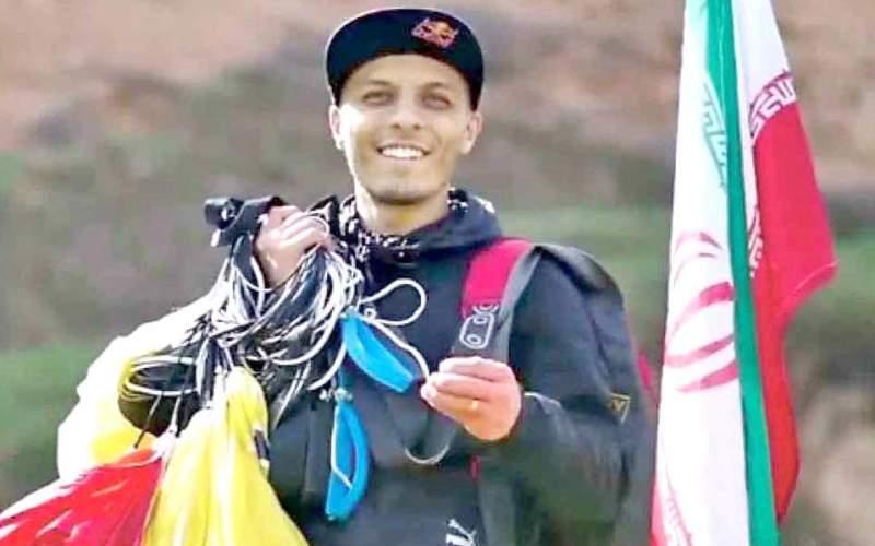 آخرین فیلم چتربازی که در مراسم یادبود پلاسکو درگذشت