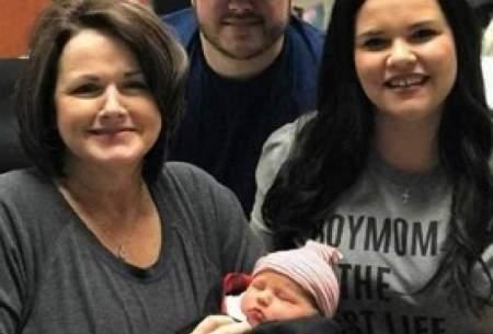 مادر بزرگی که نوهاش را باردار است