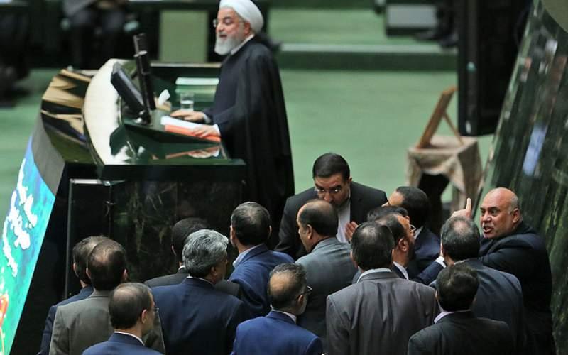 راههای متنوع مجلس برای تقابل با روحانی!