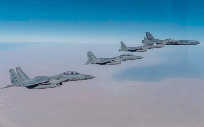 پرواز دوباره بی۵۲های آمریکا بر فراز خلیج فارس