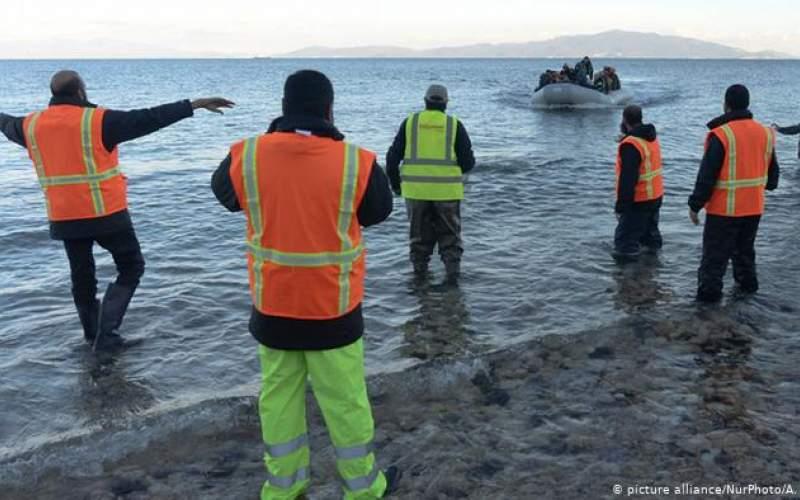 رفتار خشن گارد ساحلی با پناهجویان