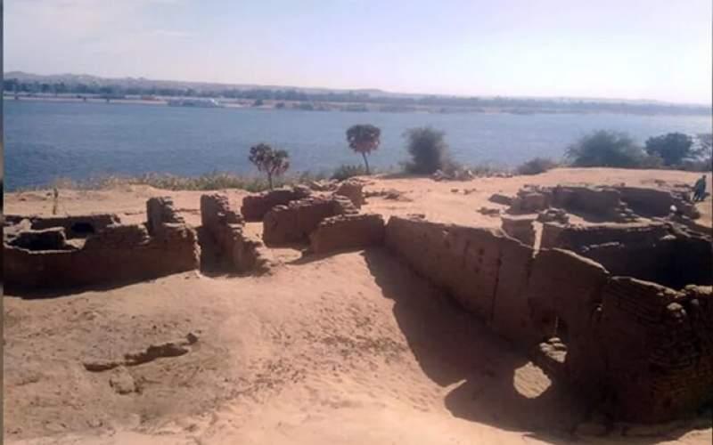 کشف یک کلیسا و معبد تاریخی در مصر