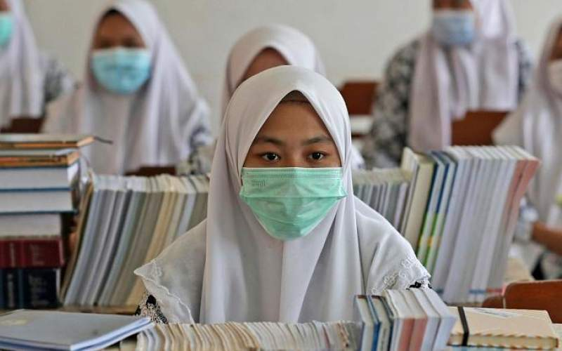 اندونزی حجاب اجباری را در مدارس ممنوع کرد