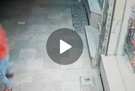 دستگیری فردی که با قمه مزاحم زنان میشد