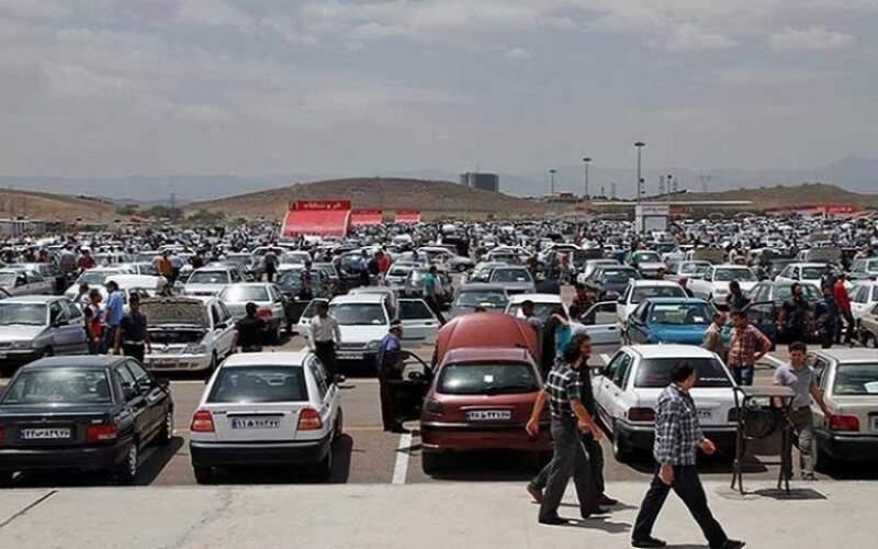 قیمت خودرو آزاد نمیشود