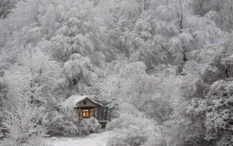 روستای «درهتخت» پس از بارش برف