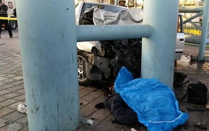 تصادف مرگبار سمند با ۲عابر پیاده در جاده خاوران