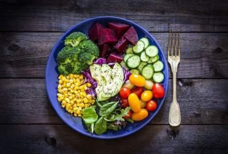 چه زمانی و چگونه غذا بخوریم تا چاق نشویم؟