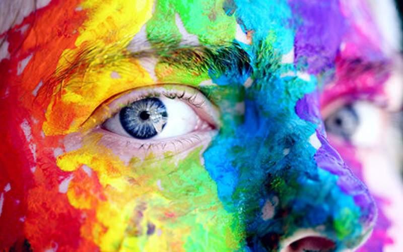 اصلاح کوررنگی با لنزهای تماسی جدید