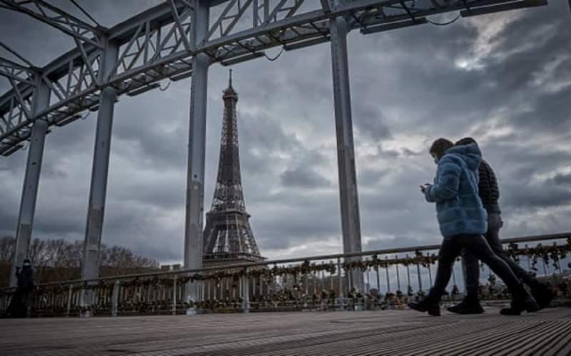 فرانسه وارد قرنطینه یک ماهه شد