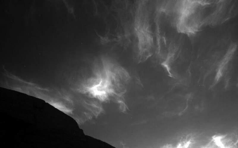 """ابرهای مریخی از نگاه مریخ نورد """"کنجکاوی"""""""