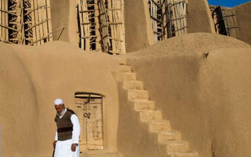 قدیمیترین آسیابانِ ایران از سنگ و باد میگوید