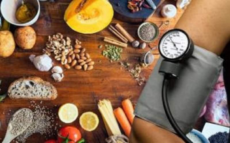 فشار خون را با دوری از این غذاها کاهش دهید