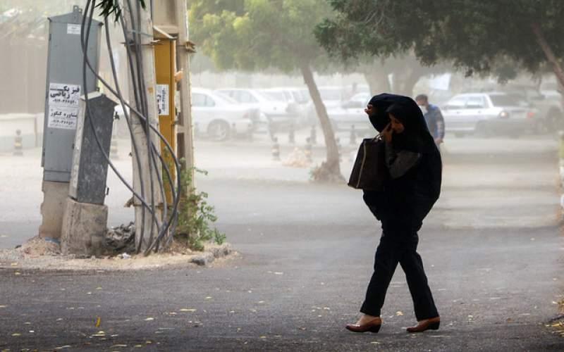 طوفان گرد و خاک در تهران و پنج استان دیگر