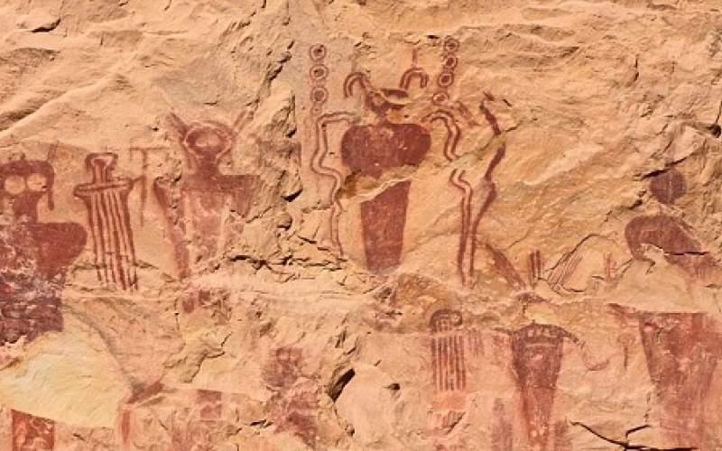 رازگشایی از «آدم فضاییها» در غارنگارههای مرموز