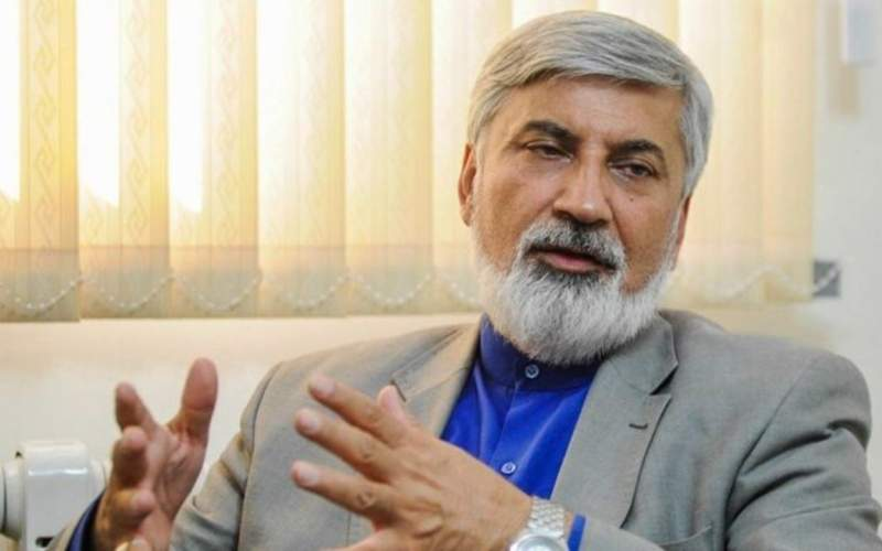 نگاه مردم به احمدینژاد هنوز مثبت است