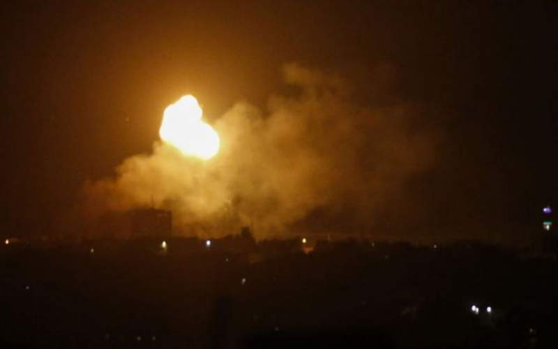 اسرائیل اهدافی  را در غزه بمباران کرد