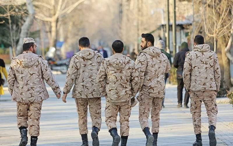افزایش حقوق سربازان متاهل و نخبه تا ۴ میلیون