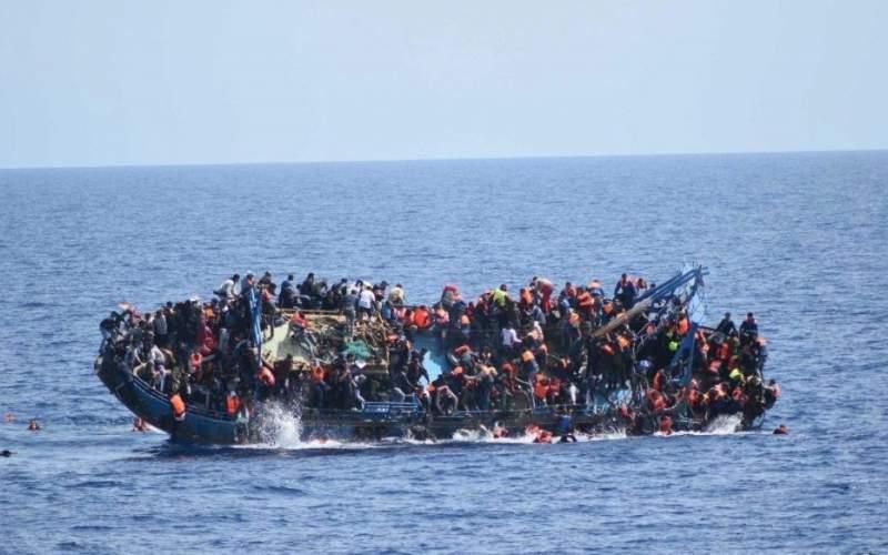 واژگونی قایق مهاجران در لیبی با ۱۳۰مهاجر