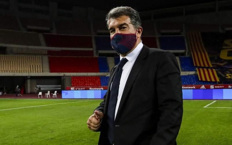 رئیس بارسلونا هم کنار رئیس رئال قرار گرفت