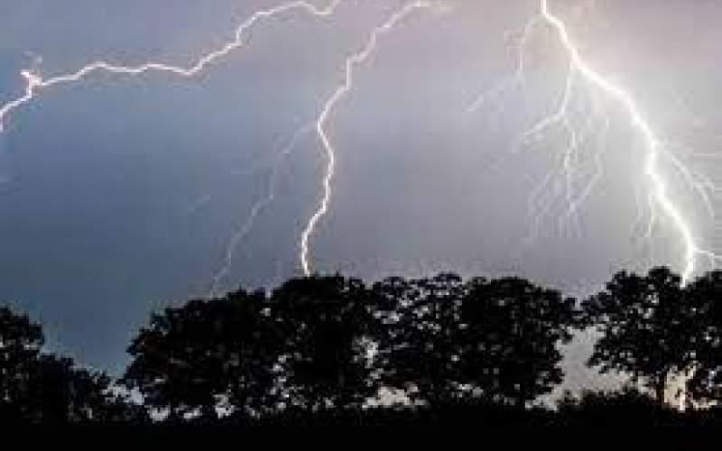 تداوم رگبار و رعد و برق در بیشتر مناطق کشور