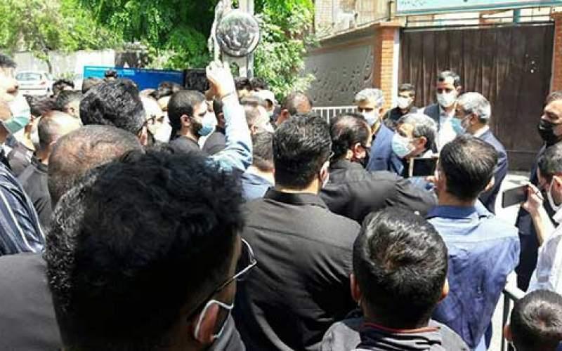 تجمع احمدی نژادیها درمیدان ۷۲ نارمک/تصاویر
