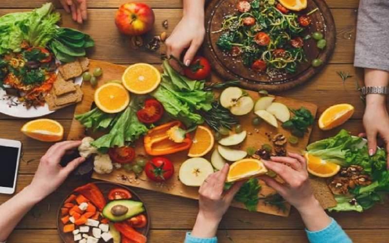 رفع مشکلات پوستی با برنامه غذایی مناسب