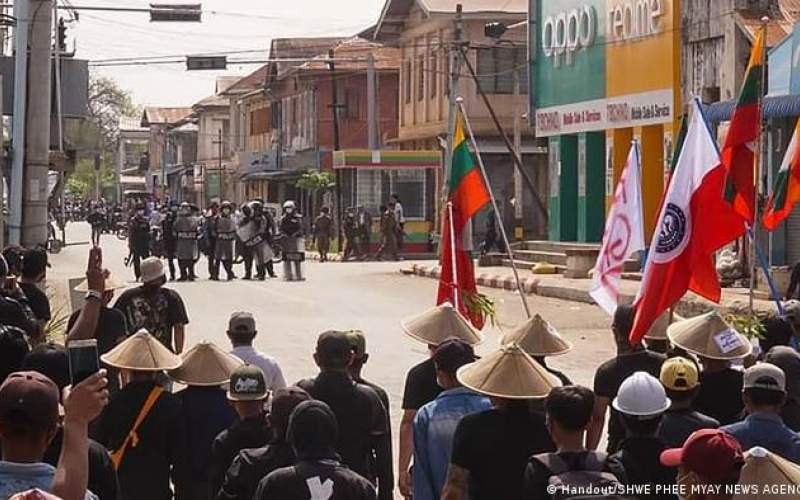 اپوزیسیون میانمار علیه كودتاگران مسلح میشود