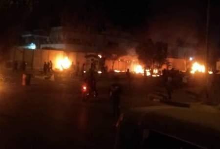 معترضان عراقی دیوار کنسولگری ایران در کربلا را آتش زدند