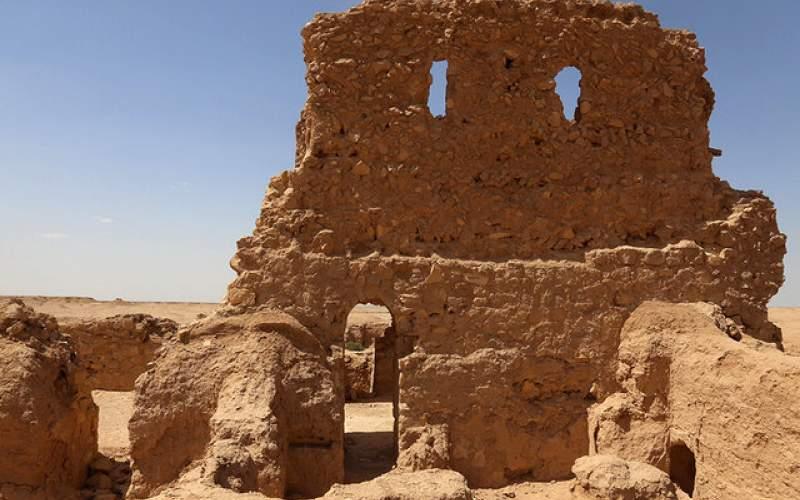 کلیسای تاریخی جهان رو به ویرانی است