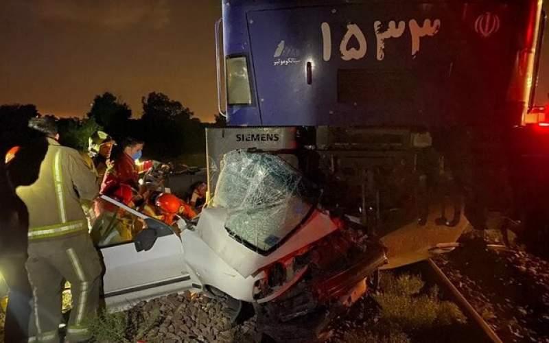 تصادف قطار مسافربری با پراید در حوالی ورامین