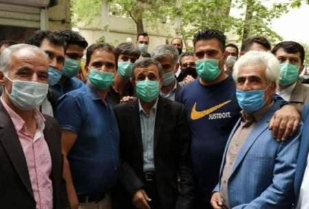 صف دیدار با احمدینژاد مقابل خانهاش در نارمک