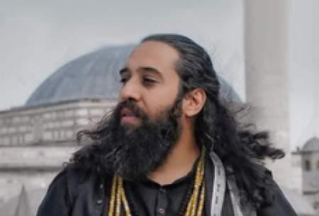 آوازخوانی خواننده معروف مقابل بیمارستان