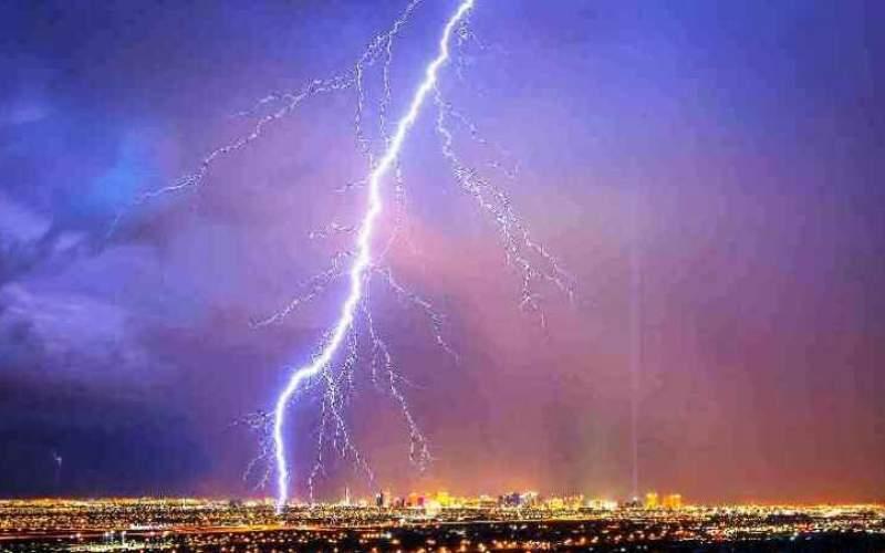 پیشبینی بارش باران و رعد و برق در تهران
