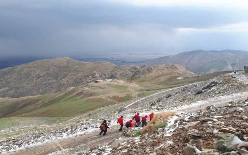 صاعقه درارتفاعات توچال دختر کوهنورد را سوزاند