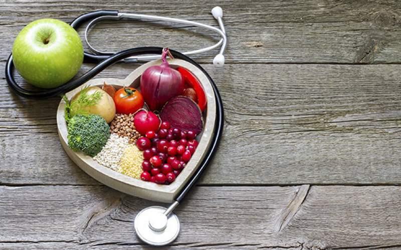 ۷ ماده غذایی که بعد از ۴۰ سالگی باید بخوریم