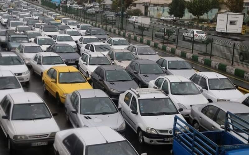 ترافیکسنگین درتمامیمحورهایبزرگراهی تهران